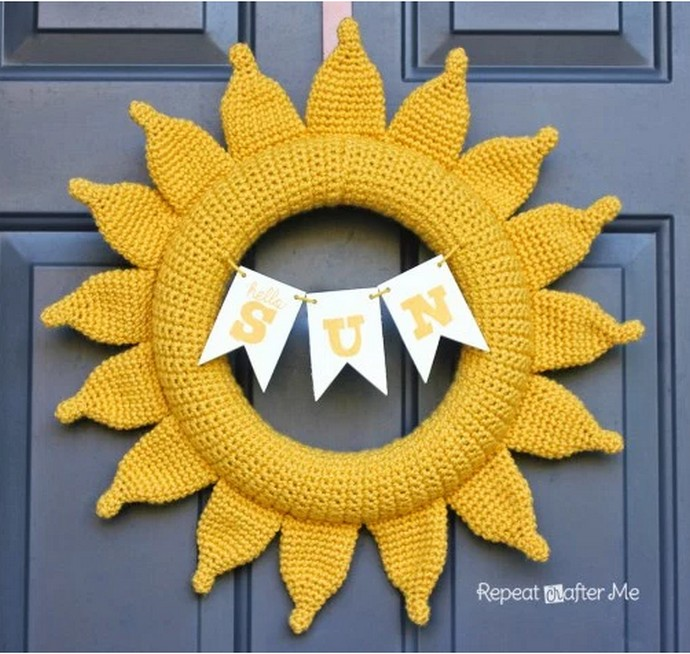 Sunshine Free Crochet Wreath: