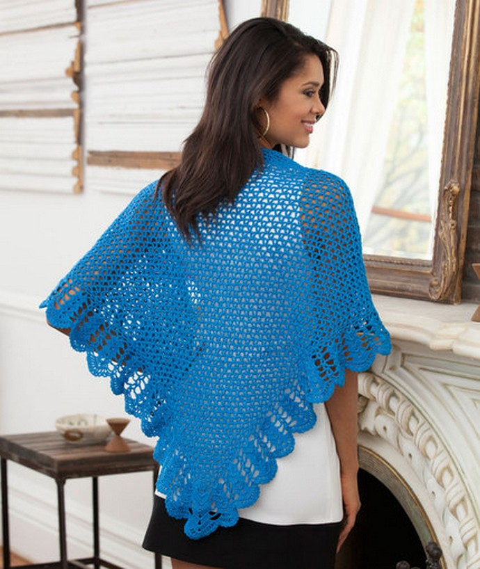V-Stitch & Scallop Free Crochet Shawl